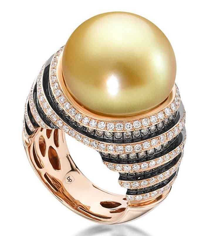 Rose Gold Ring with Golden South Sea Pearl