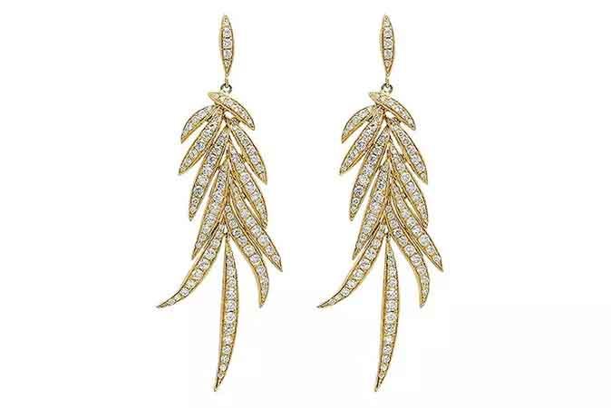 Statement earrings in 18k yellow gold