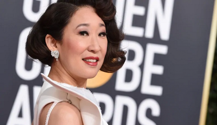 Sandra Oh in Forevermark Diamonds at the 76th Golden Globe Awards