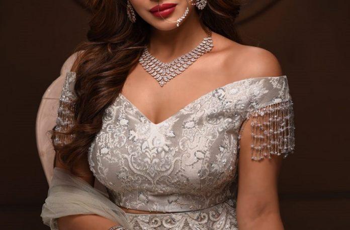 ORRA presents ORRA Platinum Bridal
