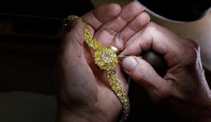 Graff to showcase three Fancy Vivid Yellow Diamond watches in BaselWorld 2019
