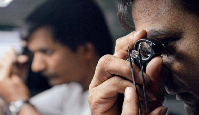 Gujarat diamond industry facing large-scale job issues