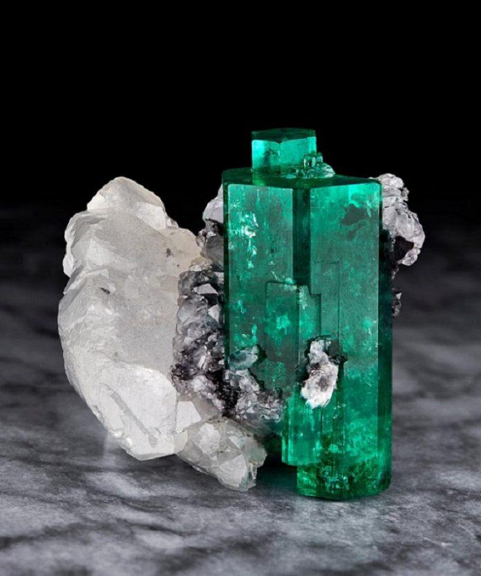 Magnificent Emeralds Furas Tears