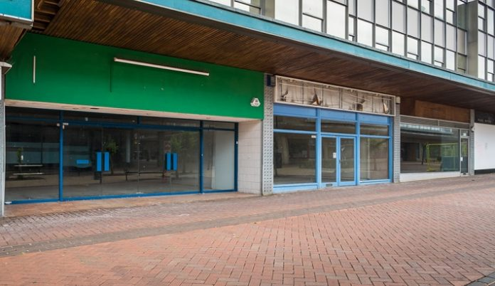 Retailers demand action as 16 high street stores close each day
