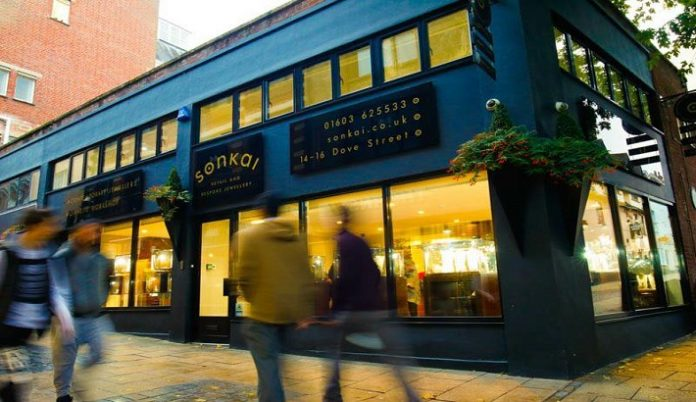 Norwich jeweller finds new home just in time for Christmas trading