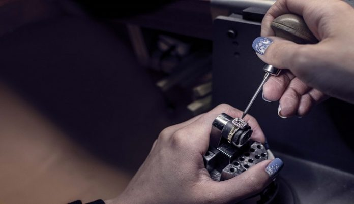 WB the Creative Jewellery Group can now guarantee its diamonds are 100% natural