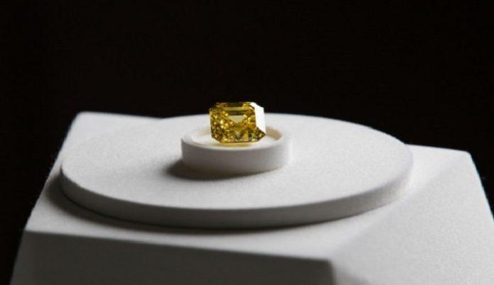 Graff buys 20.7ct Firebird vivid yellow diamond from ALROSA