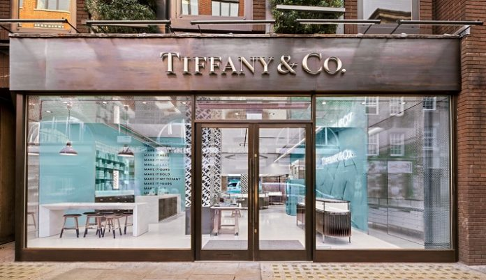 """Tiffany & Co struggled to find other """"credible"""" takeover bids"""