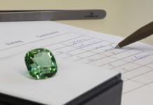 Orientation, trust and comparability in purchasing coloured gemstones – the Gübelin Gemstone Rating gets right to the point