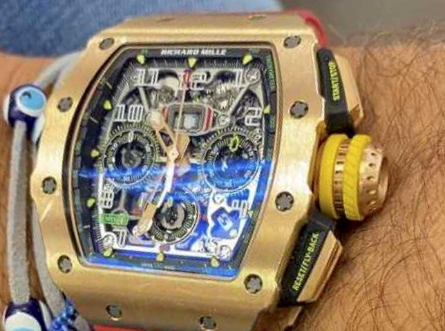 Raiders Flee with $500,000 Richard Mille Watch in Daylight Robbery