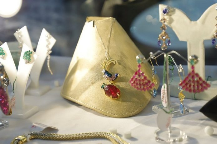 GJEPC links up with Ebay to boost Indian jewellery exports